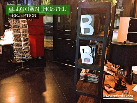 bangkok-thailand-oldtown-hostel-reception